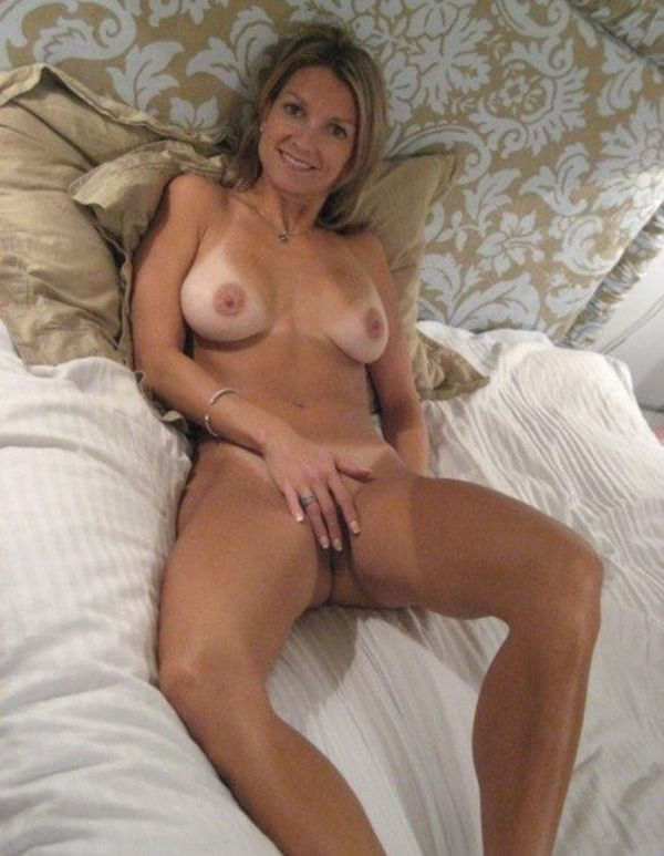 amy heath naked picture