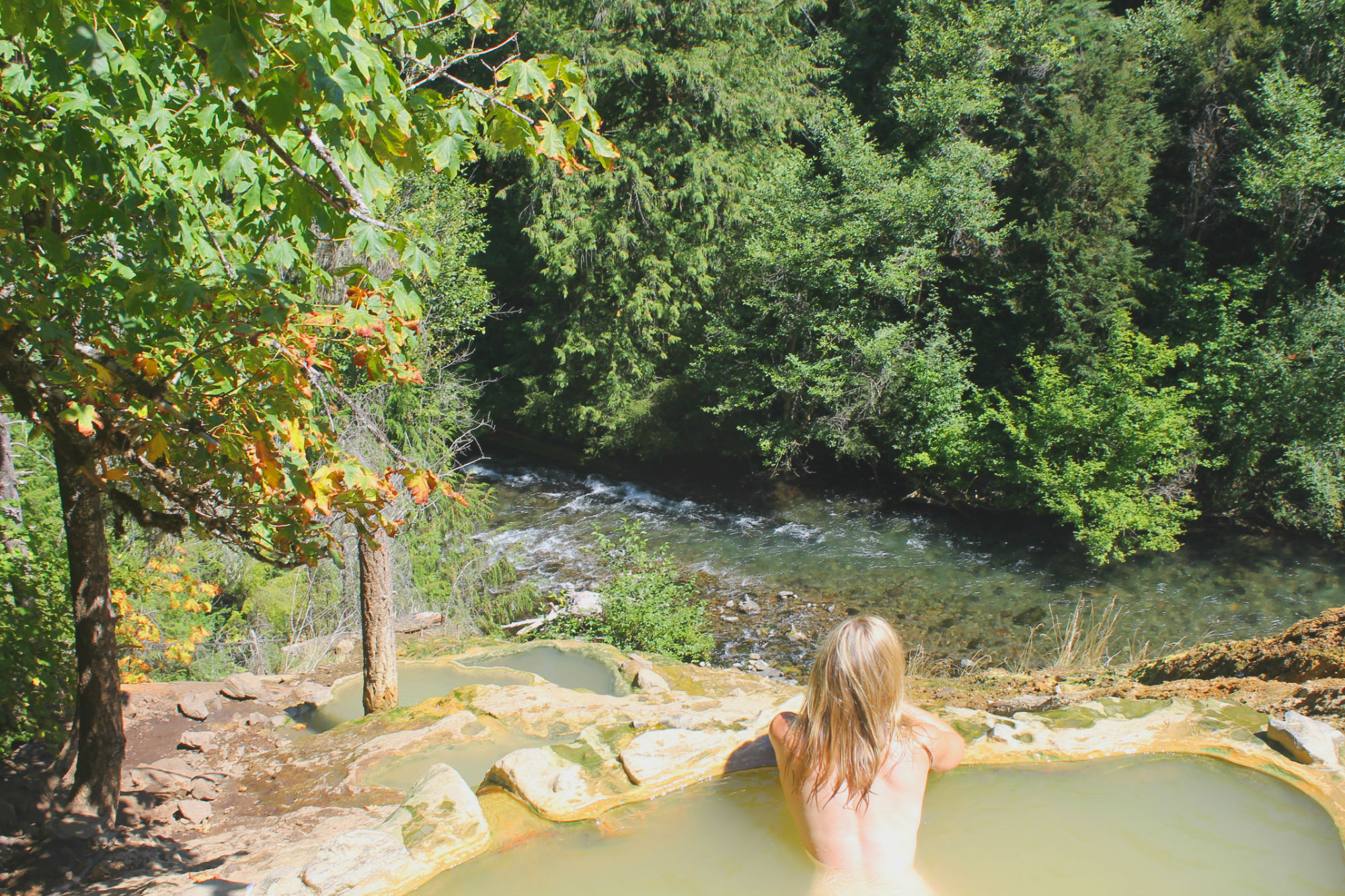 Pictures of people naked in hotsprings
