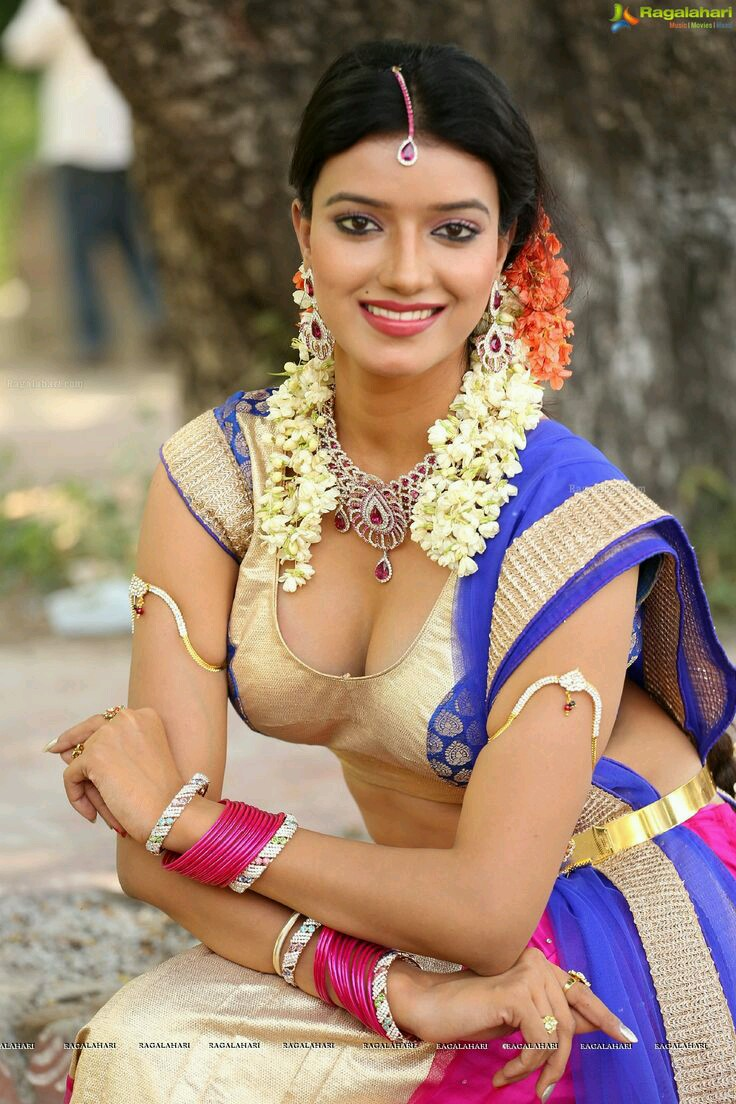 Hot south indian boobs