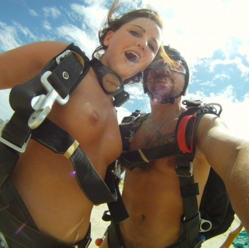 Naked skydiving sex